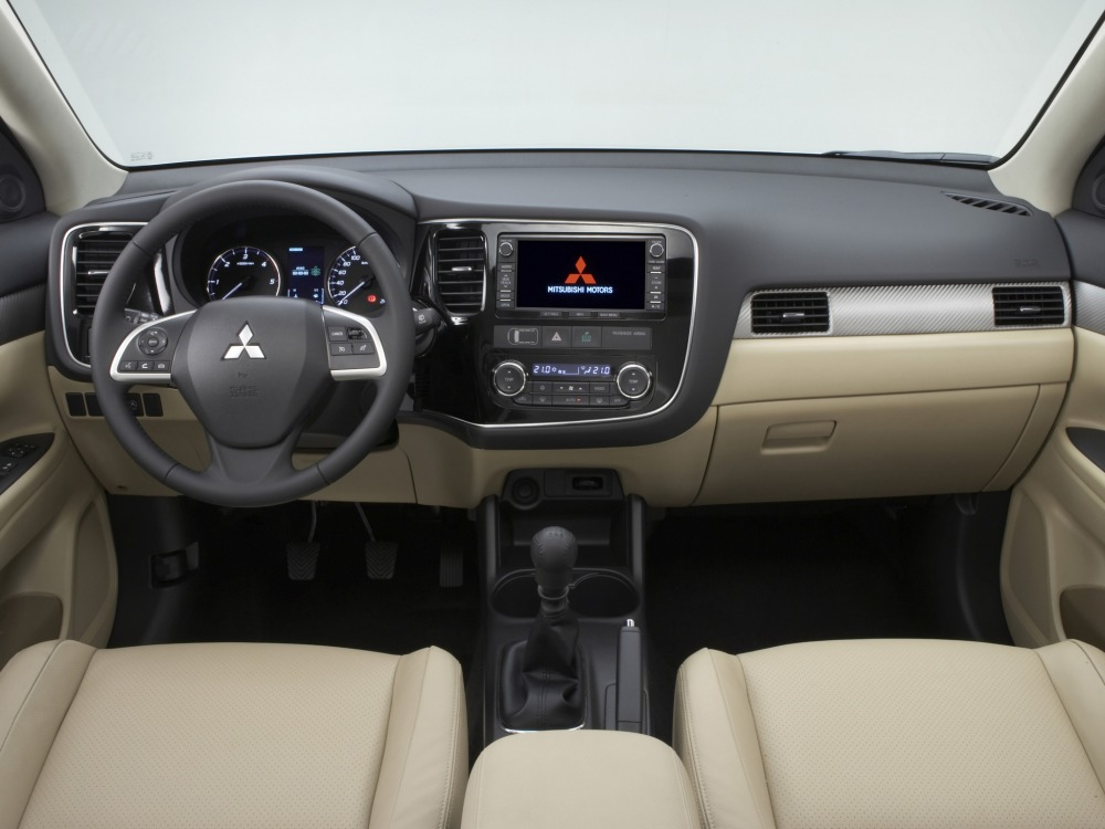 Mitsubishi Outlander, фото, фото…